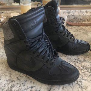 Nike Air Force Heeled